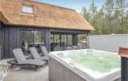 Nice home in Blåvand w Sauna WiFi and 5 Bedrooms