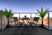 Luxury Penthouse Balcony Beach Gated Parking