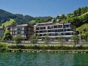 Luxurious apartment in Zell am See with a direct view of the lake
