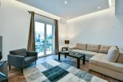 NewlyLuxuryRenovated Suite in Glyfada Centre