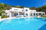 Es Cubells Villa Sleeps 12 with Pool Air Con and WiFi