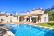 Quinta do Lago Villa Sleeps 8 with Pool Air Con and WiFi