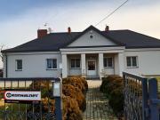 Dom wypoczynkowy na wsi odrestaurowana dawna szkoła