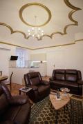 Little Vienna Gold Apartment