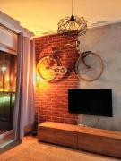 The Bike Shack lux apartment in city center