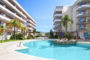 Apartamento 1hab con piscina vista al canal y parking en garaje