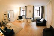 5 MIN TO CITY CENTER 90 m2 2 BEDROOMS NETFLIX