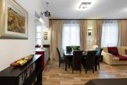 Cosy and Bright Apartment Old Town
