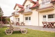 Bursztyn Domki Apartamenty i Pokoje w Sarbinowie