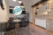 Luxury Apartment by Hi5Városház Suite