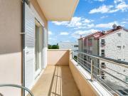 Welcoming Apartment in Podstrana near Nightlife