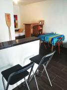 Riverview studio perfect for travelers