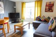 Fabulous Entire Flat Walking Distance to the City Center