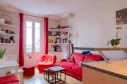 Charming apartment near Les ButtesChaumont
