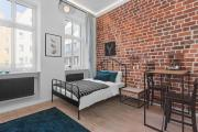 Green Panther Apartment in the heart of Wroclaw with Netflix
