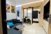 Zan Moreas Luxury Apartment