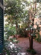Beautiful and Spacious Apartment next to Termini 10 minutes from Coliseum