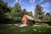 Cosy Wooden Cabin and Bell Tent in Leafy Budapest