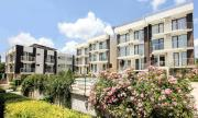 Seaside 2 Bedroom Apartment with balcony For 45 Pax