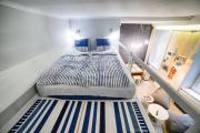 Quiet Comfortable Old Krakow Apartment