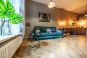 Stylish And Modern Golden Apartment Stare Miasto