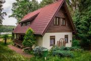 Domek nad jeziorem Evo11