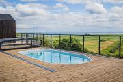 Nowe domki z basenem i sauną z widokiem na zatokę pucką