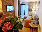 Dolce Wawel przestronny apartament przy Bulwarach Wiślanych blisko Wawelu i najważniejszych atrakcji Krakowa