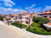 Apartments Villa Brioni I