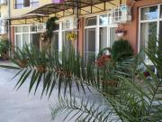 Meni Apartments and Guest Rooms