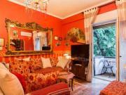Romantic Artistic Apartment