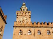 Casa Isolani Piazza Maggiore 10