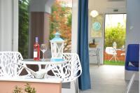 Dionyssos Village, Aparthotely - Kato Daratso