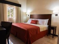 Shirley Retreat, Hotels - Kingston