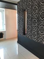 noclegi black and red apartment Gdańsk