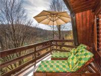 Two-Bedroom Holiday Home in Gornji Zvecaj, Nyaralók - Gornji Zvečaj