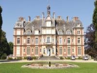 One-Bedroom Apartment in Ocquerre, Apartments - Ocquerre