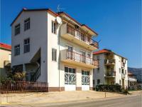 Three-Bedroom Apartment in Kastel Novi, Ferienwohnungen - Kaštela
