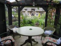 Moat Cottage Barns
