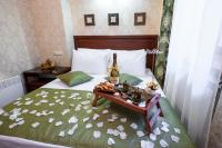 Kon-Tiki Boutique Hotel, Bed and Breakfasts - Petrohrad