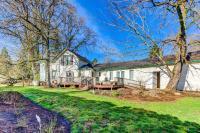 Moore Farmhouse, Dovolenkové domy - Newberg