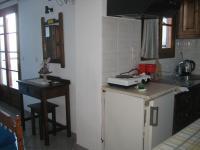 Felitsia Apartments & Studios