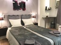 Apartment Paris Studios