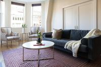 Three-Bedroom on Newbury Street Apt 31, Апартаменты - Бостон