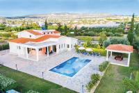 Theo, Prázdninové domy - Coral Bay
