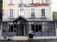 Les Capucins, Hotels - Avallon