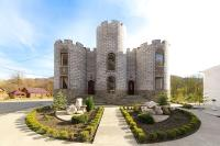 Замок Климовский, Affittacamere - Perevalka