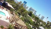 LUXURY 2BR 2BA Penthouse Balcony STRIP & Pool Views next to Convention Center!
