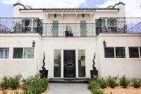 Chateau Monroe #1, Ferienwohnungen - Los Angeles