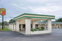 Super 8 by Wyndham Sumter, Motels - Sumter